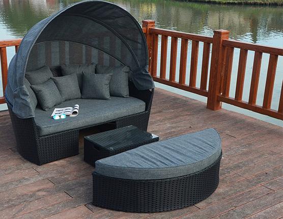 Prestige Large daybed garden furniture suite